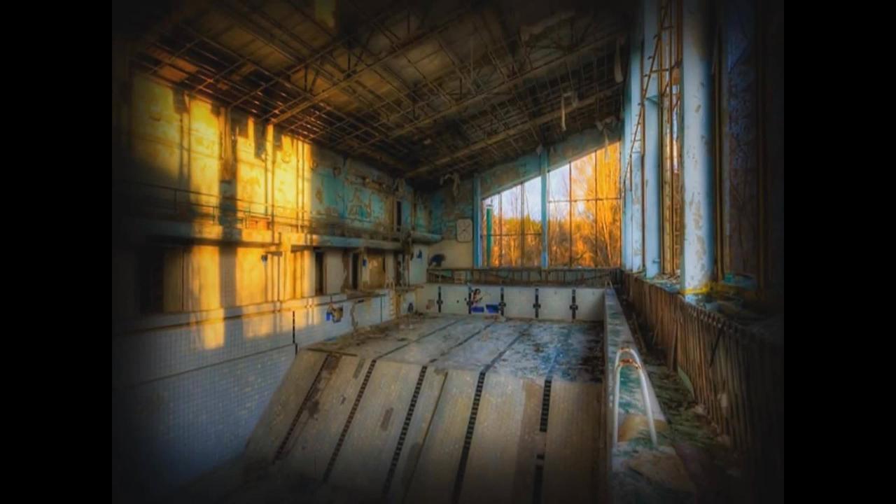Vídeo de exploração de piscina abandonada na França capta algo assustador