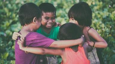 Vídeo Com Mensagem De Amizade Bela. Deus Me Deus Os Melhores Amigos Do Mundo!