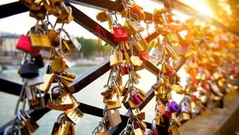 Mensagem De Amor Em Inglês - There Is No Pretending, I Love You!