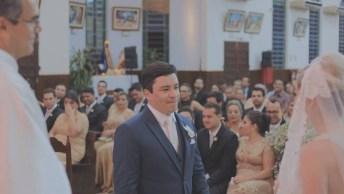 Noiva Surpreende Noivo Com Votos Lindos, Compartilhe No Facebook!
