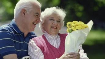 O Amor Não Tem Idade, Compartilhe Esta Mensagem De Amor Em Seu Facebook!
