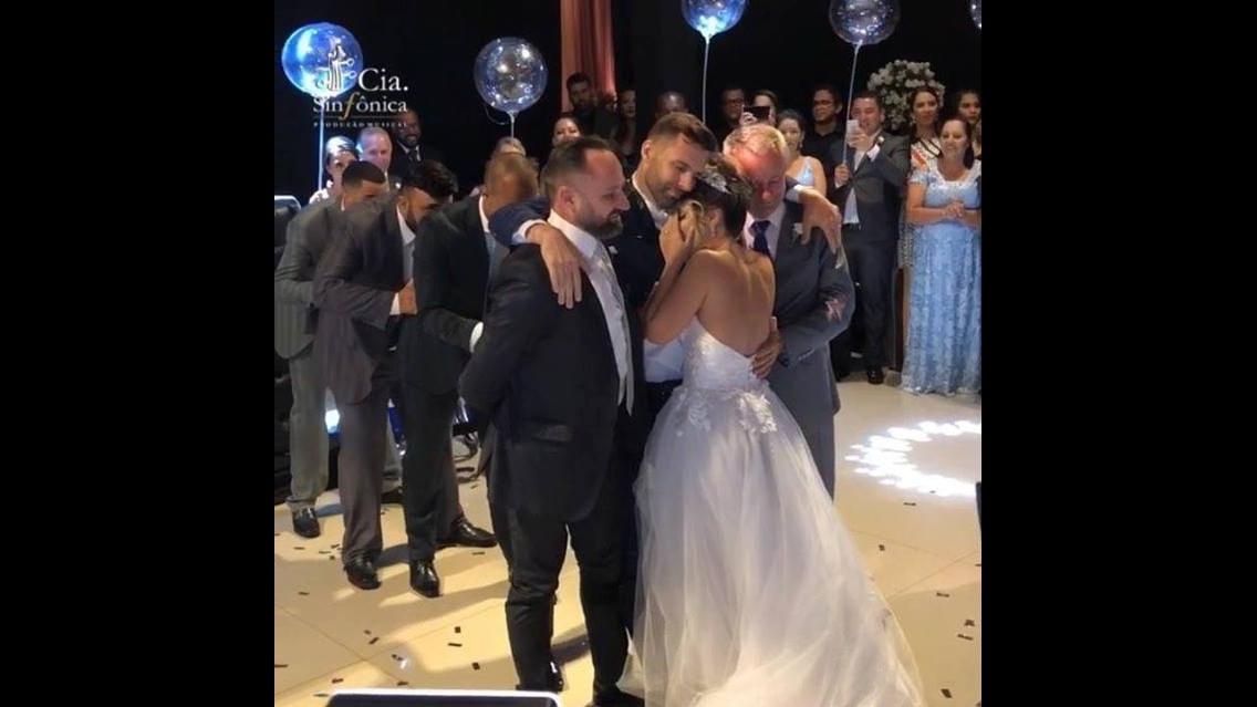 Vídeo com danças de noivos mais linda que você já viu na vida