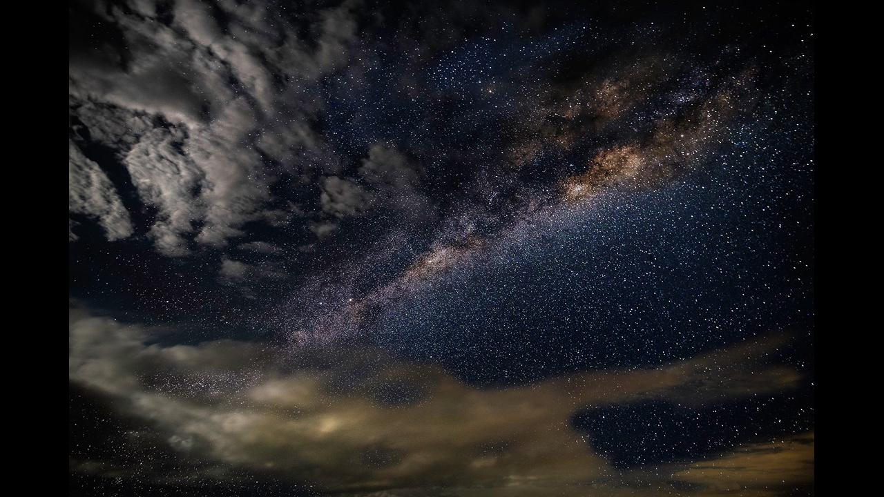 Que Deus abençoe sua noite com sonhos lindos