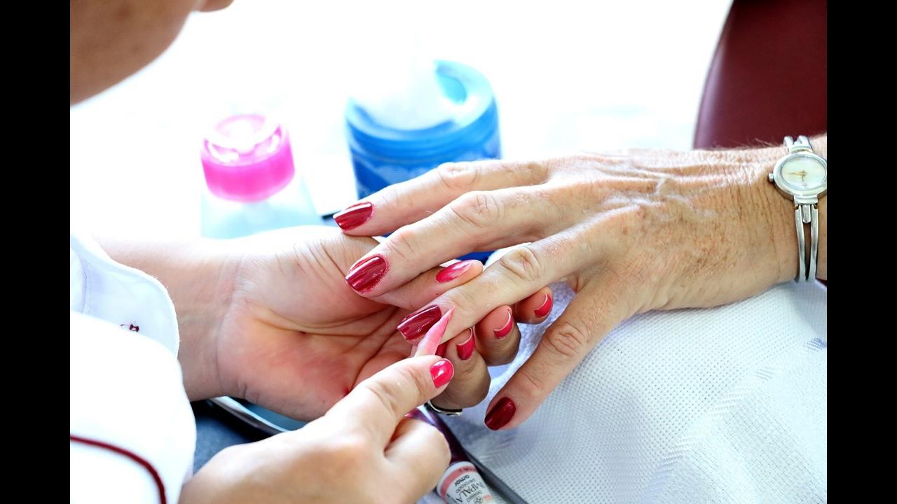 Dia 14 de Junho é Dia da Manicure