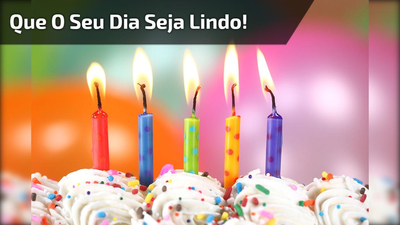 Feliz aniversario para amigo ou amiga, para comemorar essa data especial!