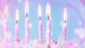 Mensagem De Aniversário Com Bolo - Um Dia Para Guardar Na Memória!