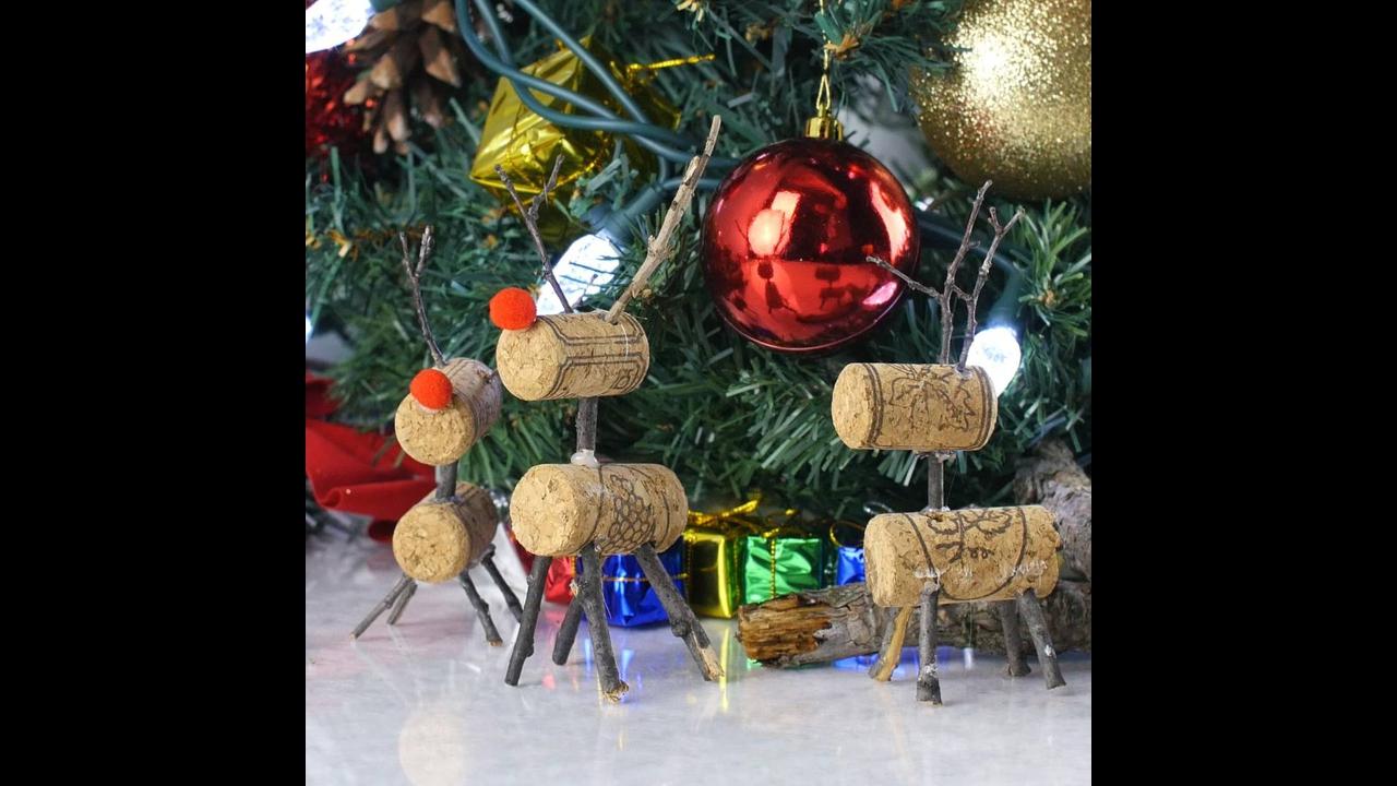 Enfeites de Natal utilizando rolhas