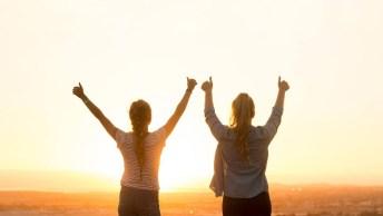 Mensagem De Hoje É Sexta-Feira. Hoje É Dia Mundial Da Felicidade!