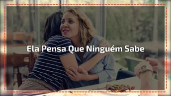 Frase De Indireta Amizade Falsa - Ela Pensa Que Ninguém Sabe. . .