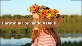 Sophia Sales Cantando 'Esconderijo Do Altissimo' No Culto!