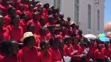 Santa Missa Realizada Na Luanda Em Angola, Um Coral Muito Lindo!
