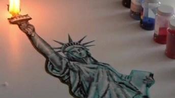 Arte De Desenhar Com Areia Colorida E Pólvora, Vale A Pena Conferir!