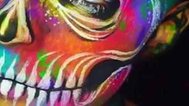 Arte De Se Transformar Em Seres Assustadores, Veja O Que Esta Artista Faz!