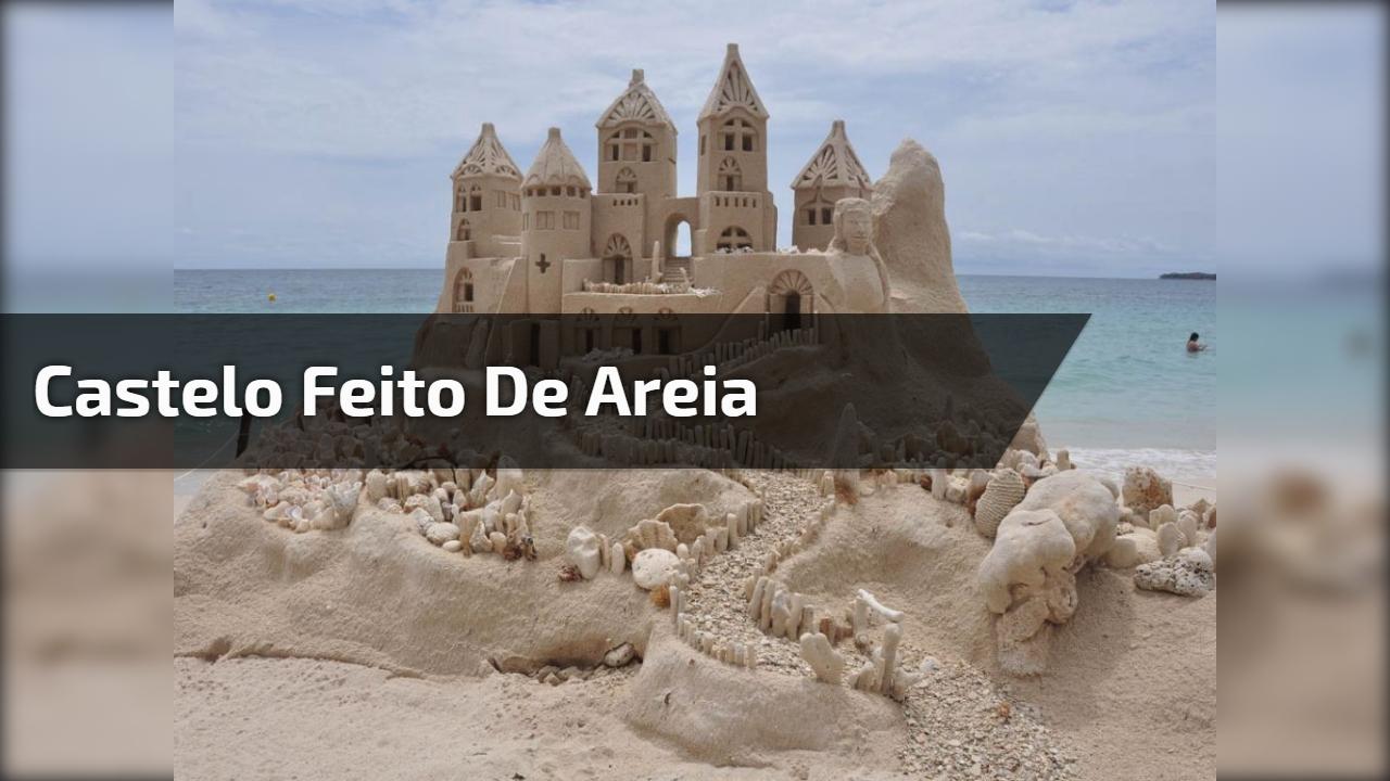 Castelo feito de areia