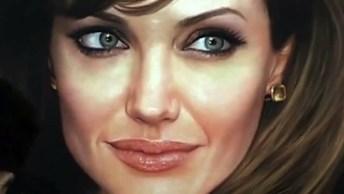 Desenho De Angelina Jolie'S Pintado A Mão, Simplesmente Lindo!