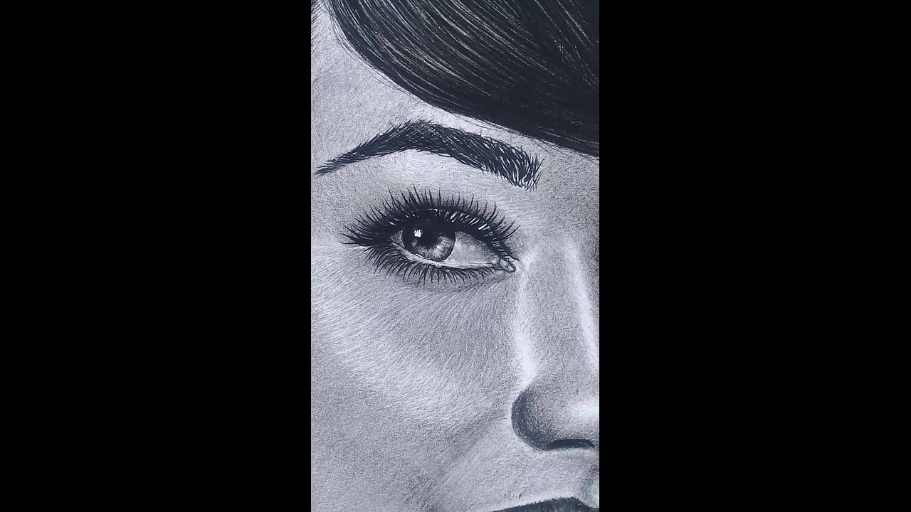 Desenho de mulher feito apenas com lápis o resultado é