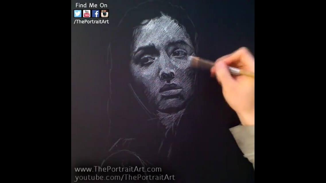 Desenho de rosto de mulher simplesmente lindo
