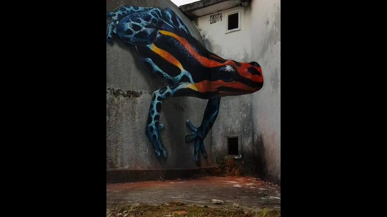 Desenho em 3D em muro, parece muito real