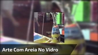 Deserto E Camelos Feitos Com Areia Dentro De Um Vidro, Muito Legal!
