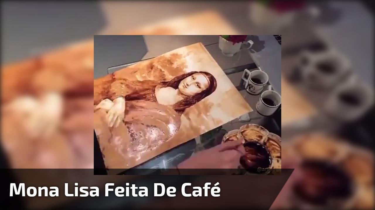 Mona Lisa feita de café