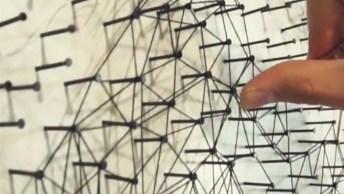 Obra De Arte Feita Com Linha E Pregos Pregados Na Tela, Resultado Sensacional!