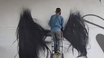 Vídeo Mostrando A Arte De Grafitar, É Maravilhoso Como O Resultado Do Desenho!
