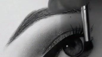 Vídeo Mostrando Desenhista Pintando Um Olho, Veja Que Lindo!