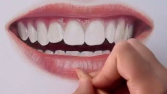 Vídeo Mostrando Desenho De Boca Com Efeitos Impressionantes!