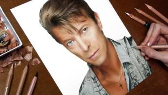 Vídeo Mostrando Desenho De David Bowie, Um Grande Musico Que Faleceu Em 2016!