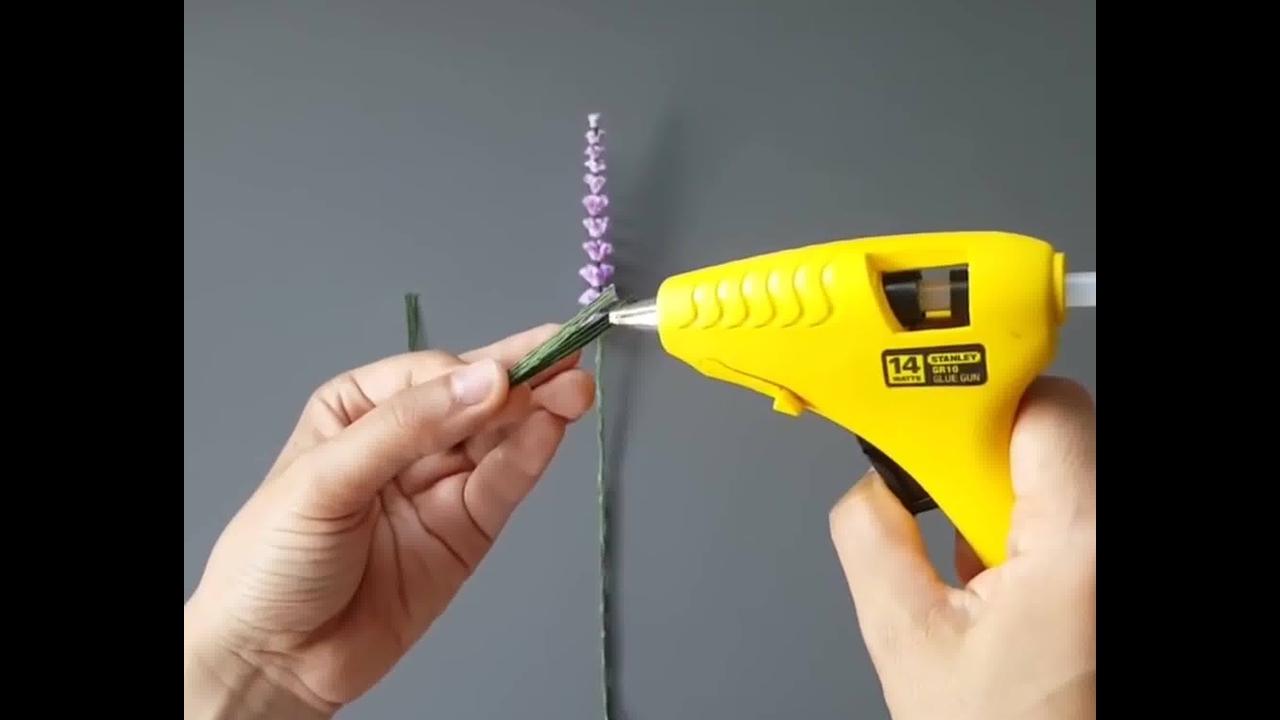 Aprenda a fazer uma flor para colocar em quadro em 3D, confira!