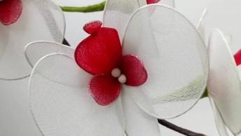 Arranjo De Flor Artificial, Um Lindo Trabalho Artesanal!