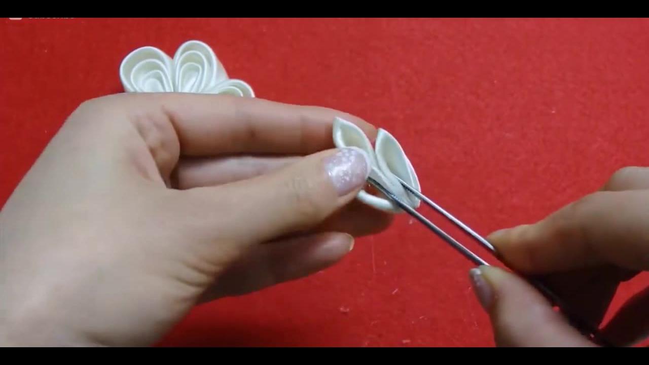 Artesanato de flor de fita de cetim