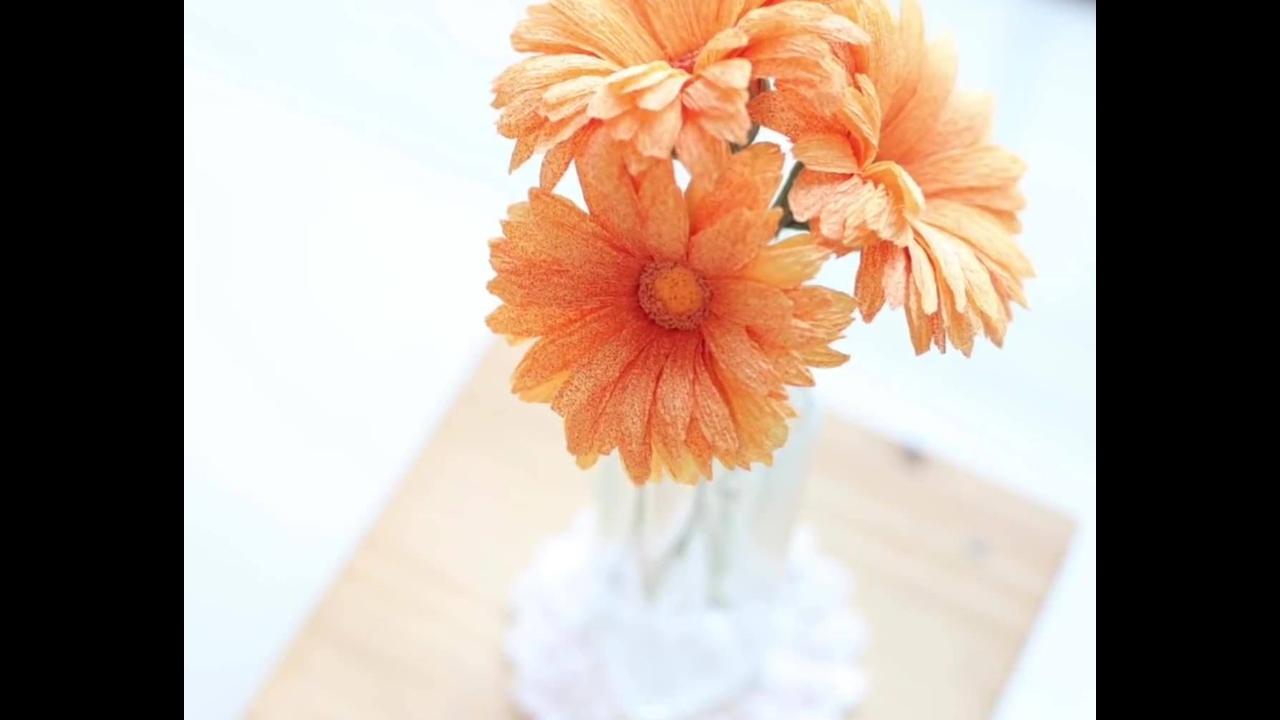 Artesanato de linda flor laranja de papel crepom, veja como ela fica perfeita!!!