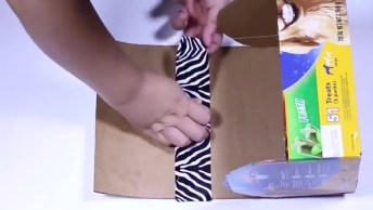 Artesanato De Lindo Bauzinho De Papelão Para Guardar Objetos Pequenos!