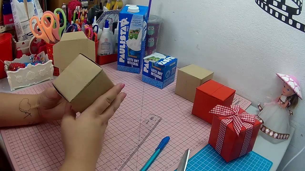 Caixinha de presente feita com caixa de leite, ficam lindinhas!