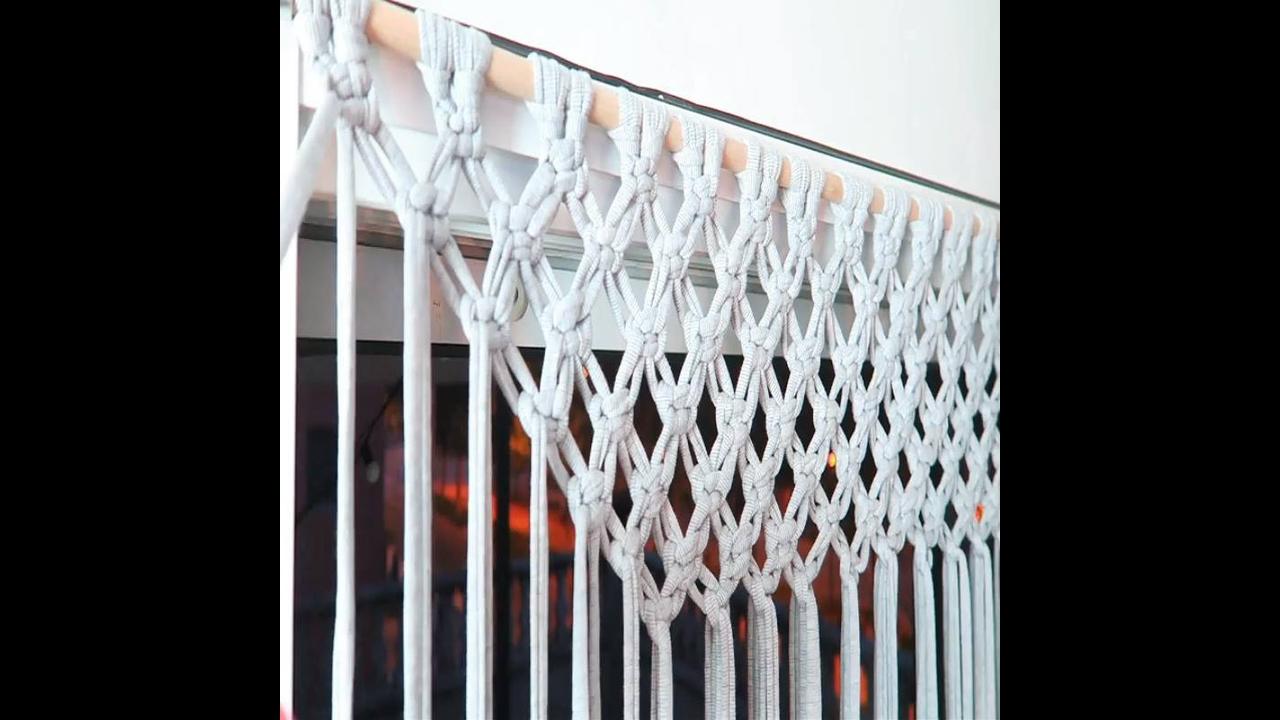 Como fazer uma cortina com tiras de tecido e tecendo macramê