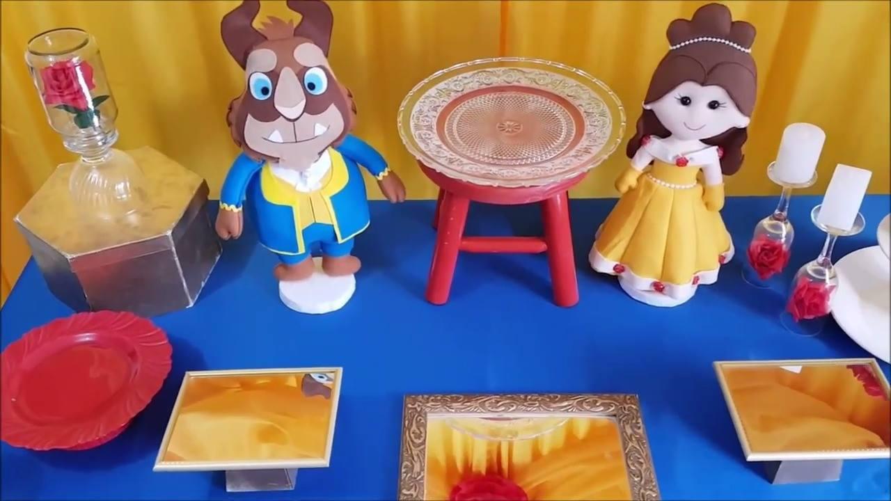 Festa econômica com tema de desenho infantil