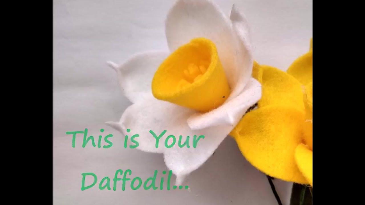 Flor feita com EVA, super diferente e fácil de aprender a fazer