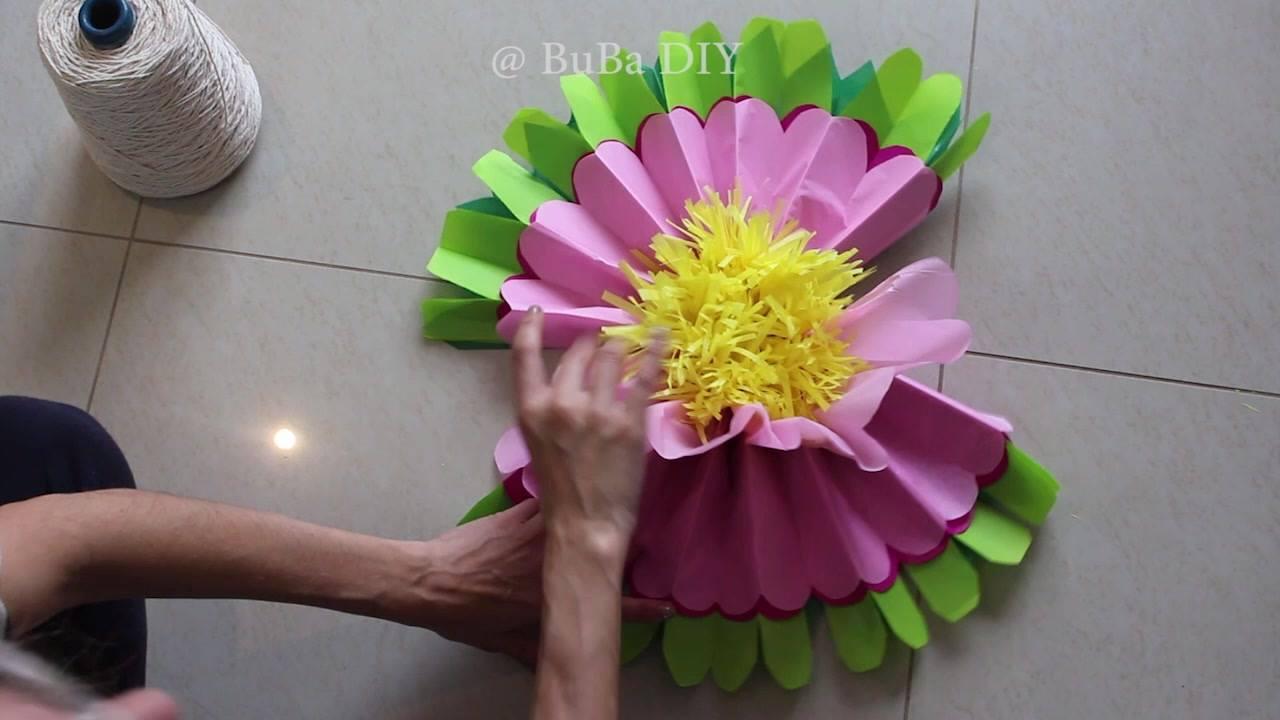 Flor gigante de papel de seda