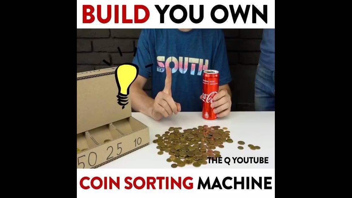 Máquina de separar moedas feita com papelão, que ideia incrível!