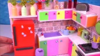 Mini Cozinha Feita A Mão, Que Lindo E Perfeito Trabalho, Confira!
