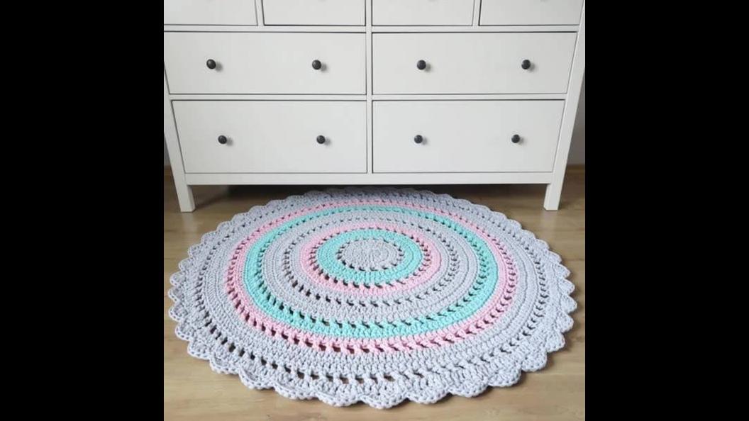 Modelos de Tapetes redondos de Crochê, veja o video e escolha o seu!