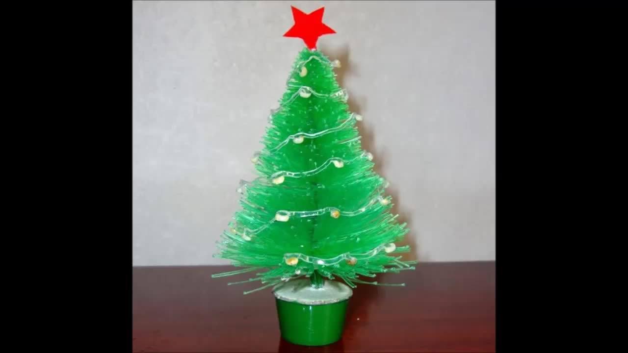 O Natal chegou! Que tal fazer uma linda arvore usando garrafa pet