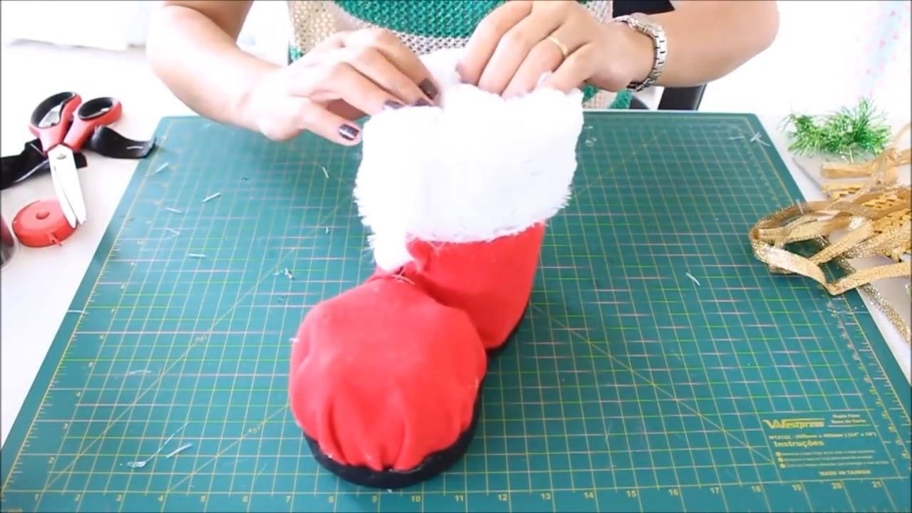 Passo a passo para fazer uma bota de papai noel com feltro e garrafa pet