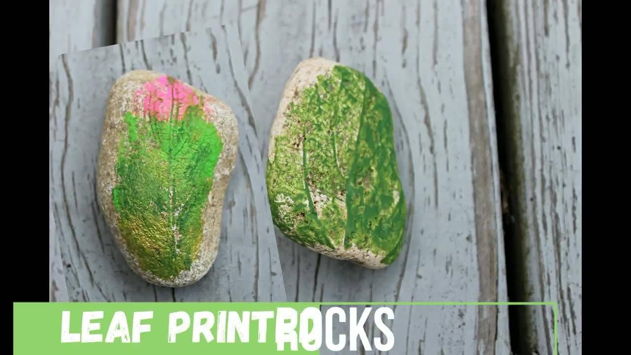 Trabalho de pintura artesanal em pedras