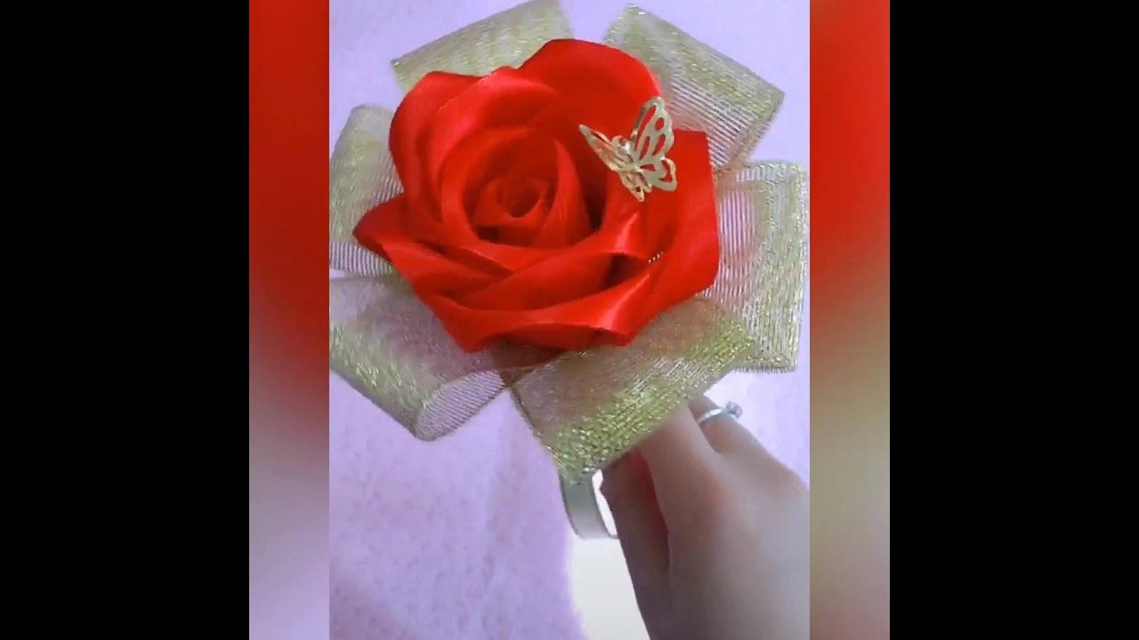 Tutorial de rosa feita com fita de cetim, perfeita para decorar, ou presentear!