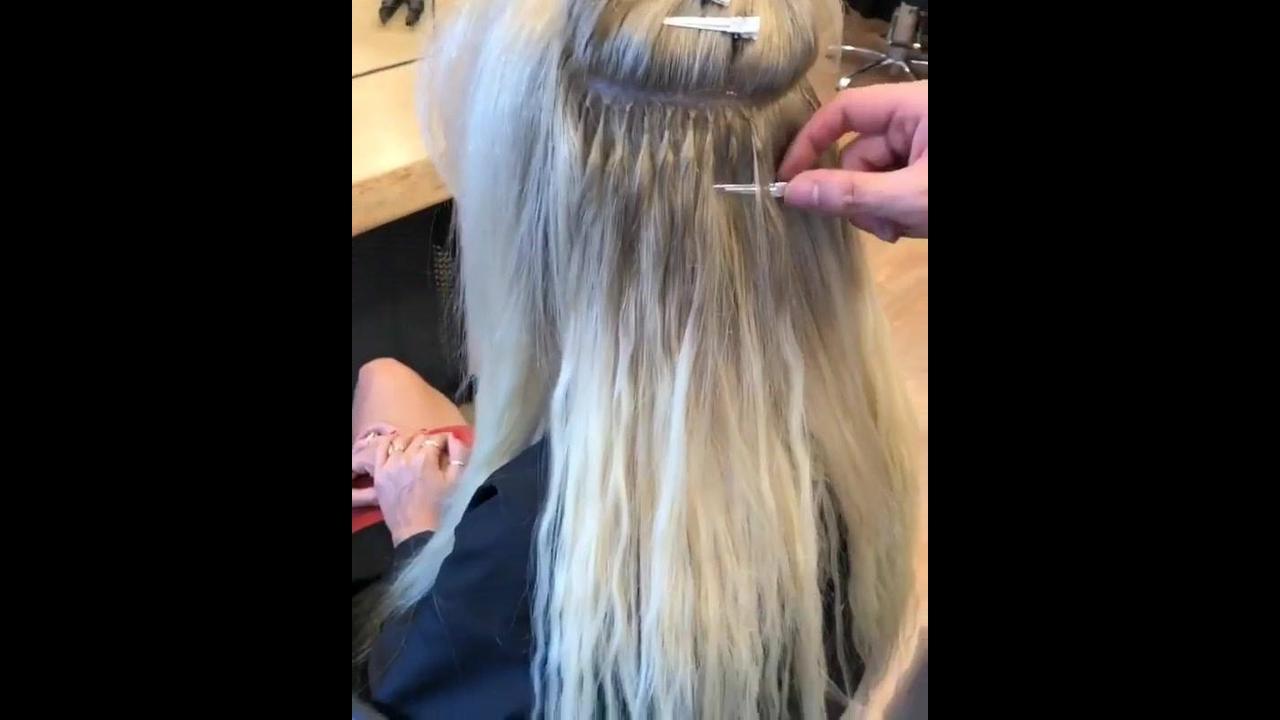 Antes e depois de colocar mega Hair