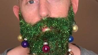 Barba Natalina, Tem Algum Amigo Que Teria Coragem De Usar Essa Barba?