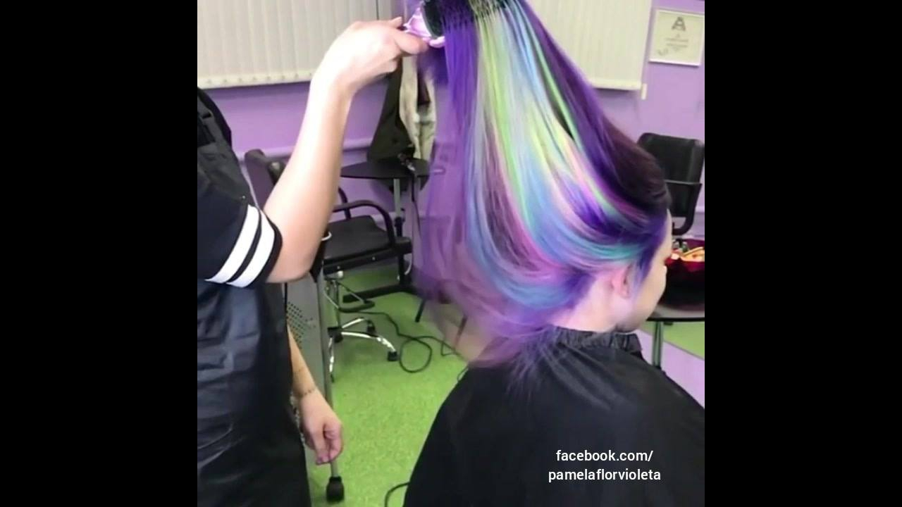 Cabelo arco-íris, olha só que coisa mais linda este trabalho