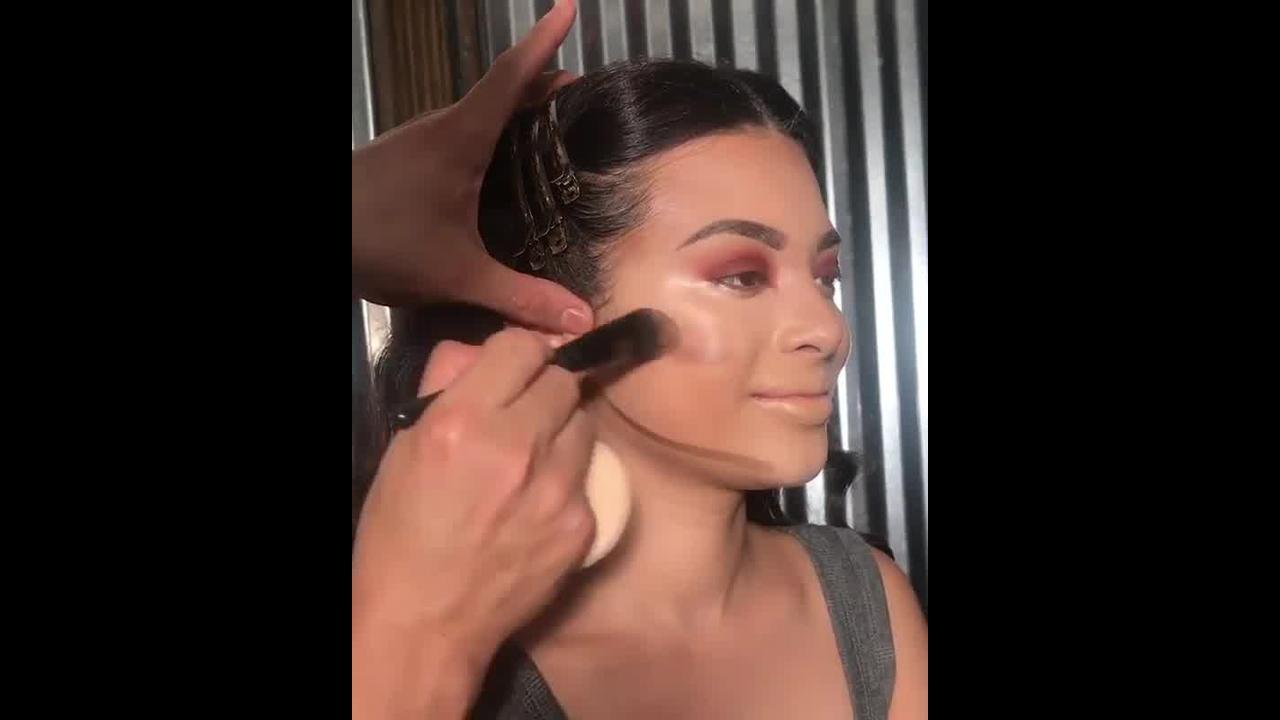 Como fazer contorno na maquiagem ?